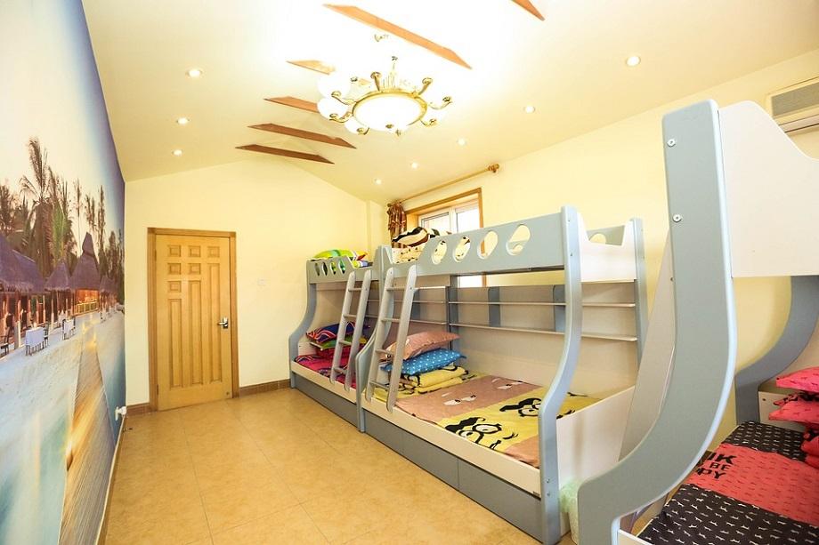 Poschodové postele